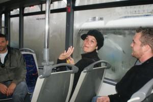 A plus dans l'bus