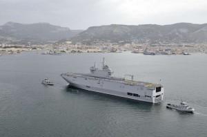 Arrivée du BPC Dixmude à Toulon le 13 juillet 2011 - © Marine nationale / JM Casanova