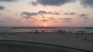 Soleil couchant su Tel Aviv